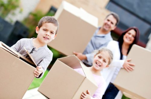 Family packing; moving house checklist