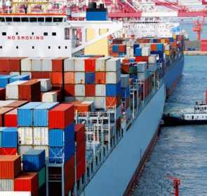 Sea freight used to transport your items when moving abroad